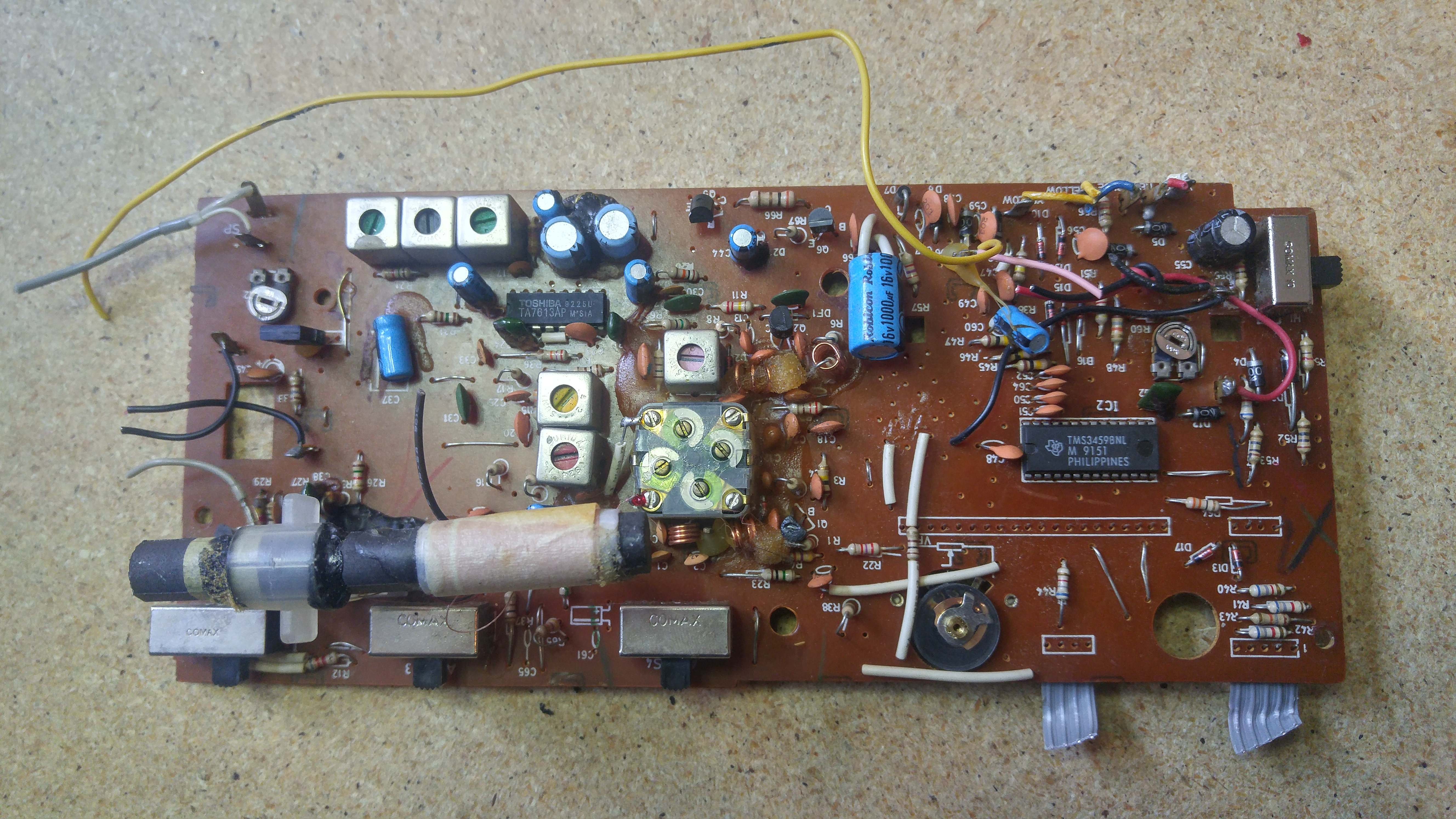 Salvaging Parts Sears Clock Radio Sam Vs Sound How To Make A Circuit Board Guitar Pick